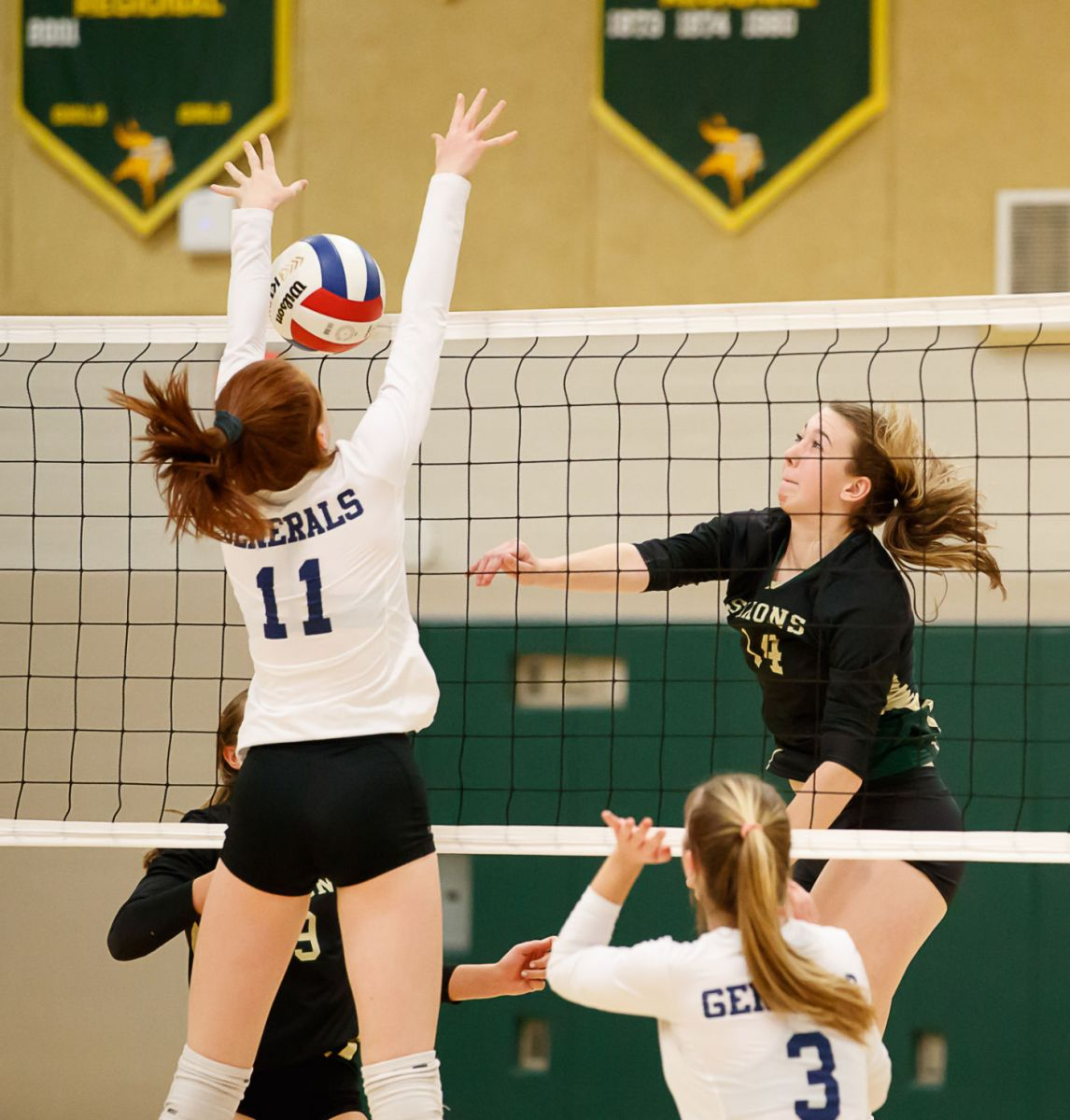 Langley Saxons volleyball 2