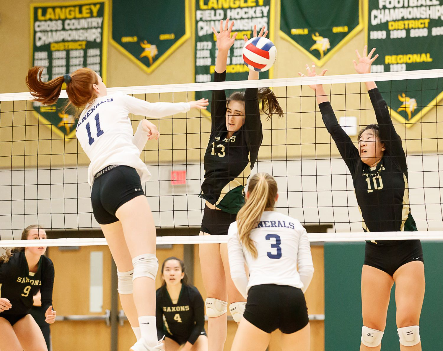 Langley Saxons volleyball 17