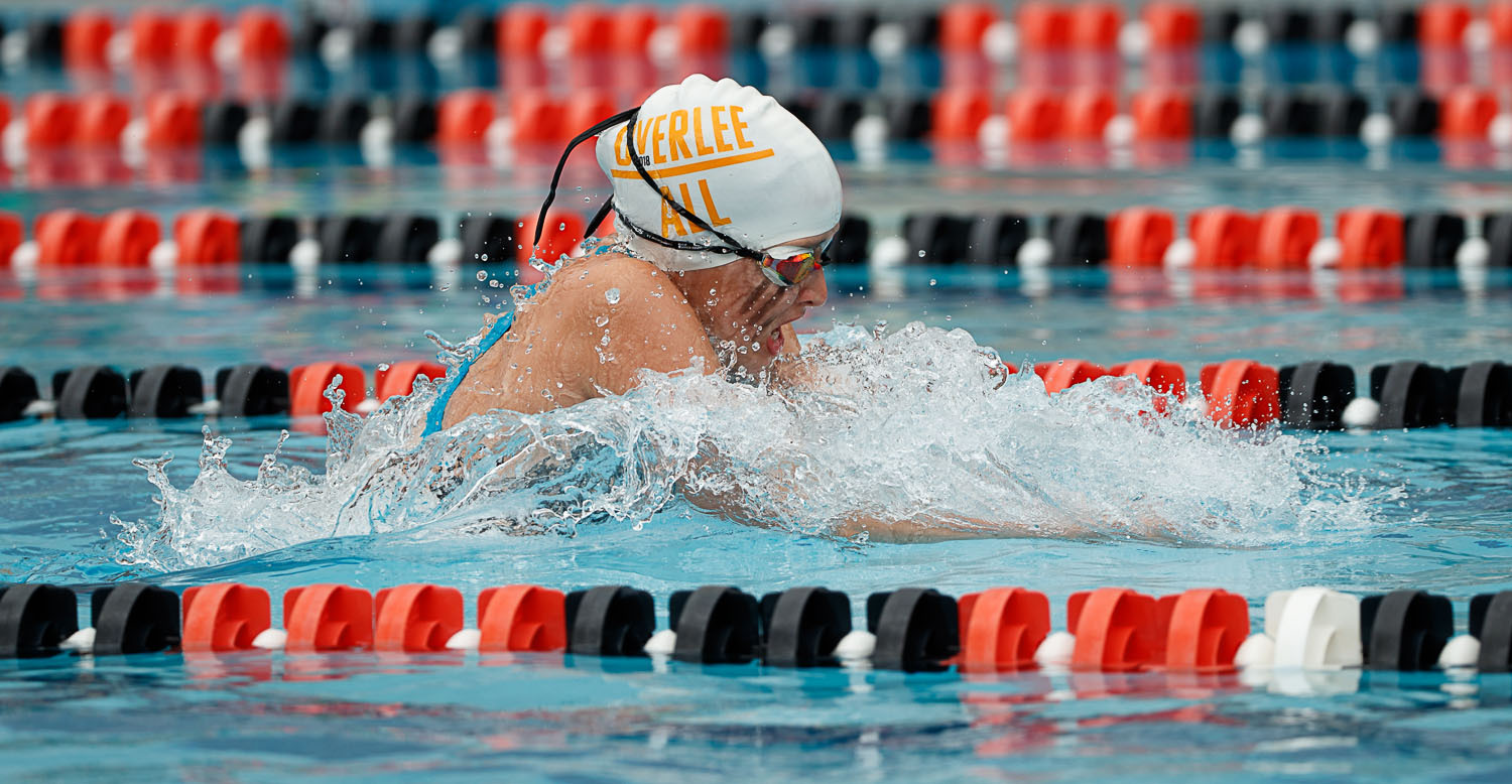Overlee;s Anna Sullivan swims the breaststroke in the girls 13-14 medley relay. (Photo by Deb Kolt)